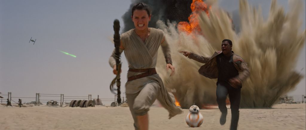 Rey (Daisy Ridley) and Finn (John Boyega) on the run.
