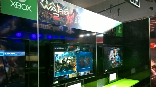 The Halo Wars 2 stand.