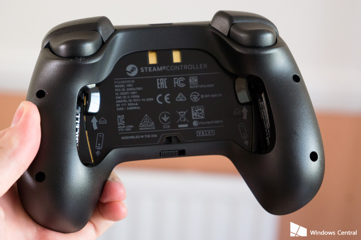 steam-controller-rear-battery